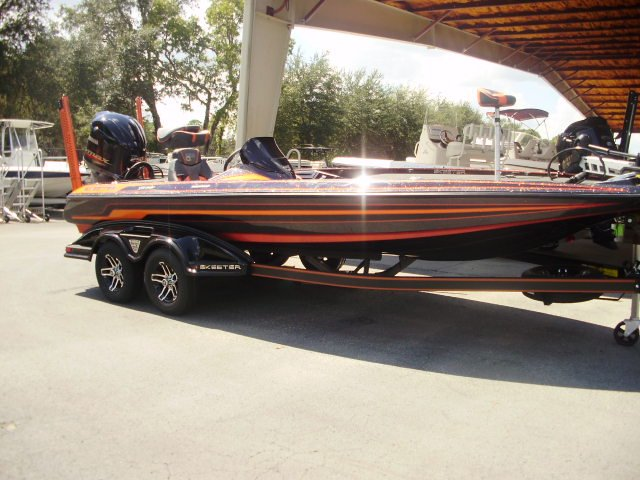 A FX21LE is a Power and could be classed as a Bass Boat, Freshwater Fishing,  or, just an overall Great Boat!