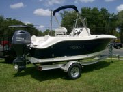 New 2018 Robalo R180 Power Boat for sale