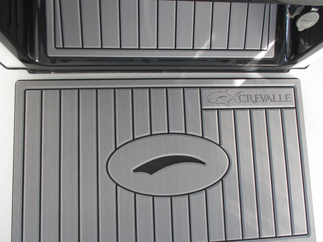 Family friendly boats focused on reliability, durability, and excellence in design.