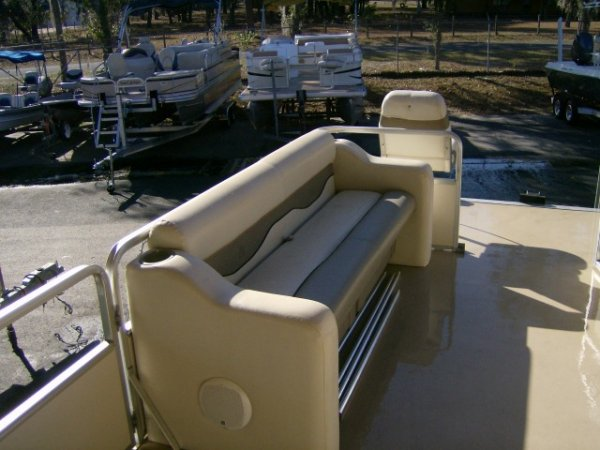 It's a three-decade heritage of family-friendly innovation, comfort and quality that has been integrated into every single model. From the moment you select your favorite SUN TRACKER pontoon boat model, through year after year of unforgettable family memories, you'll enjoy peace of mind knowing you have the backing of a proven industry leader that's dedicated to your long-term ownership satisfaction.