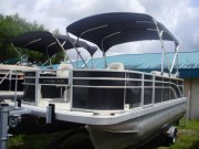 Used 2017 Bennington Power Boat for sale